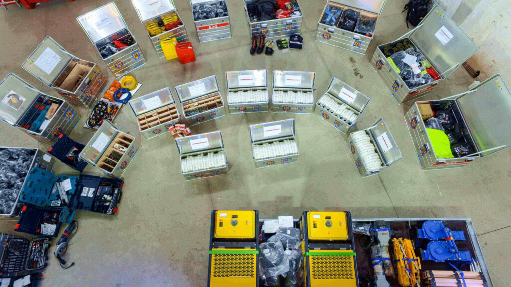 alegere-echipament-lucrul-la-inaltime-display-produse