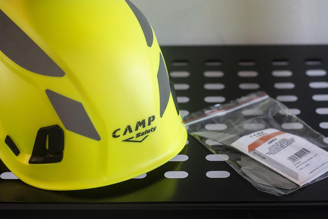 casca-ares-noutatile-camp-safety-2019-2020
